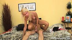 Smiling sadist turns over new leaf and fucks blond's anus tenderly