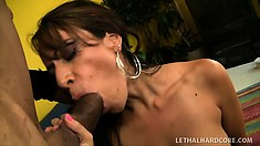 Layla Rider decides to pay the mechanic with sucking, fucking, and giving him that big ass
