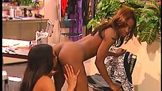 Wild ebony lesbians Africa and Lacey Duvalle please each other's cunts