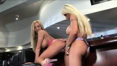 Candy Manson has her wonderful lesbian lover pleasing her fiery peach