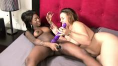 Sexy Tatiyana Foxx brings her interracial lesbian fantasies to reality
