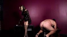 Naughty gorgeous bombshell wants to punish a horny superstud