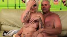 Gorgeous blonde Stevie Shae gets her honey hole eaten out and drilled
