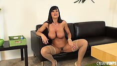 MILF with gigantic tits and a nice set of abs squats down nude