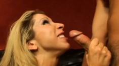 Lusty MILF Morgan Ray loves the feeling of some fresh dick up her slit