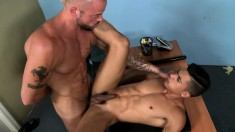 Marvelous Young Guy Surrenders His Narrow Anal Hole To A Muscled Hunk